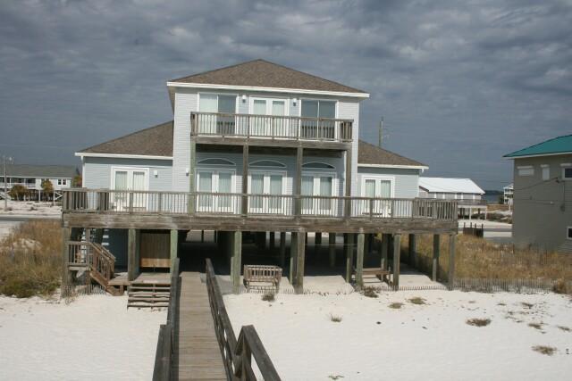 Navarre Vacation Image12 Gulf Front Of House